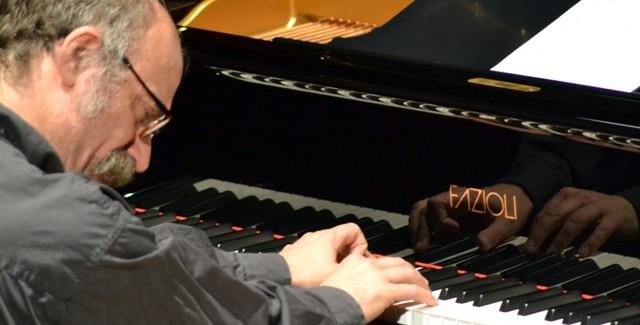 Al Jazzino di Cagliari sale sul palco Antonio Zambrini, uno dei più grandi pianisti e compositori del jazz italiano