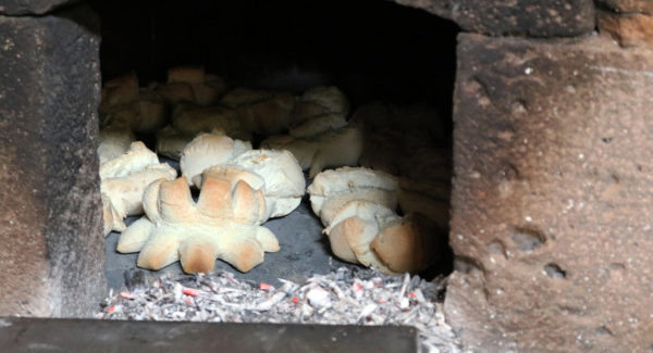Il sapore e la bellezza de su pane fattu in domo