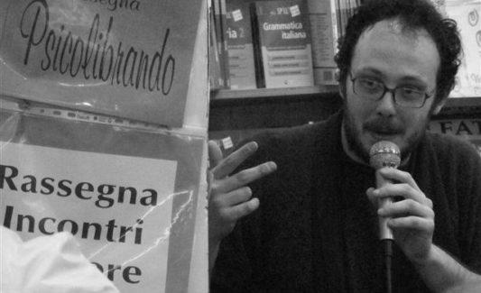Presentazione del libro Il potere assoluto, di Manuele Bonaccorsi