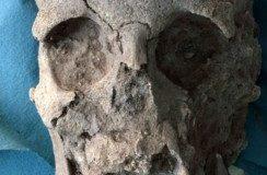 cranio dell'eroe