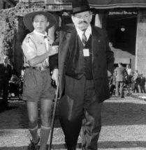 Un giovane boyscout