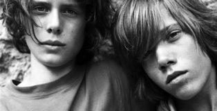 Due adolescenti