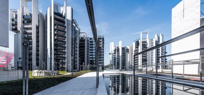 La nuova Milano? Uno scorcio moderno della Metafisica di De Chirico