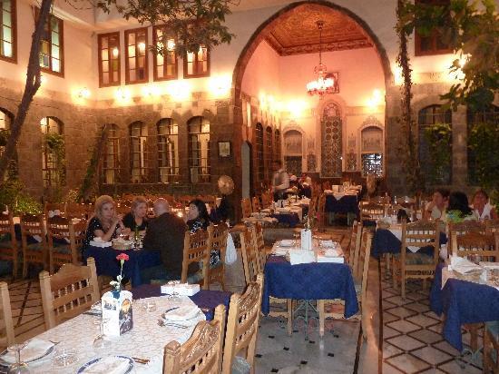 Splendida sala da the a Damasco
