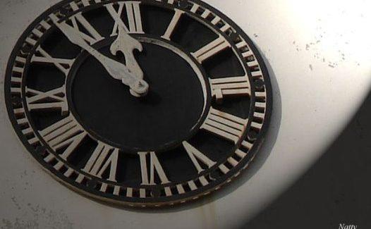 O tempo pergunta ao tempo quanto tempo temos…?