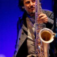 Enzo Favata con Pasquale Mirra e Dudù Kouaté inaugura il Jazz Club Network del CeDAC