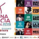Al via sabato 13 luglio l'Arena Fenicia Festival, con Vinicio Capossela, Mauro Palmas, Antonella Ruggiero...