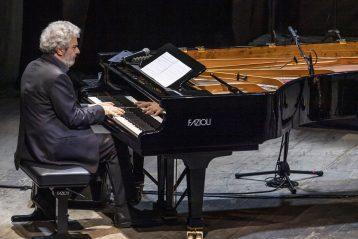 Il 24 agosto Nicola Piovani in concerto a Santa Teresa Gallura