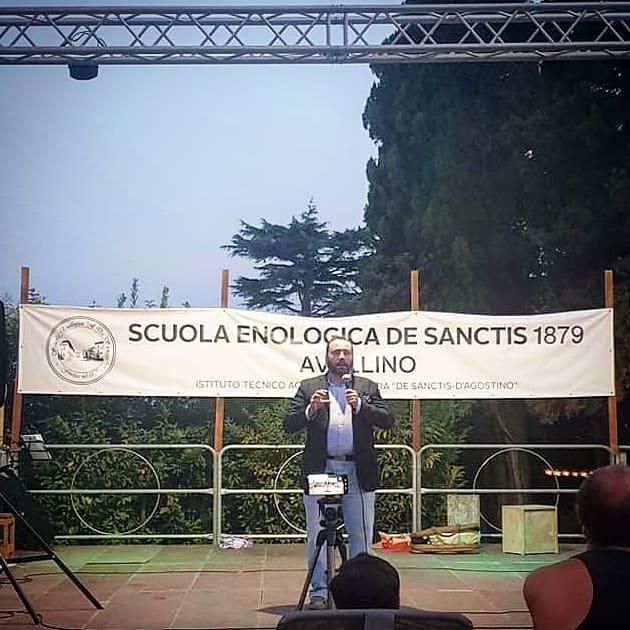 L'intervento di Gaetano Cataldo all scuola enologica di Avvellino